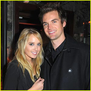 Tyler Hilton 'Can't Love Anyone' Like He Loves Megan Park