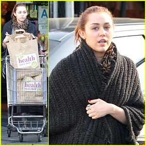 Miley Cyrus: Grocery Girl