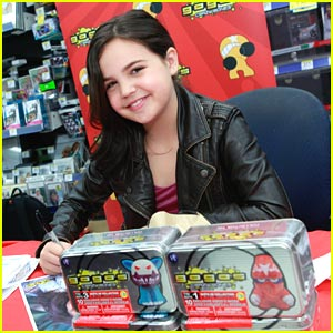 Bailee Madison Joins 'Sweethearts 'N Angels'; Goes Crazy for Gogo's