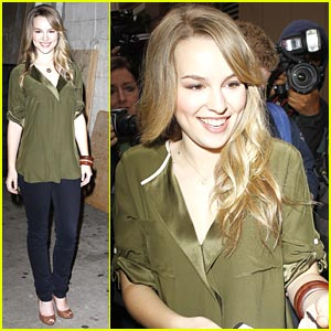 Bridgit Mendler: Lemonade Mouth Premiere Schedule!