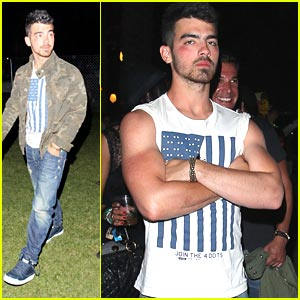 Joe Jonas Joins The 4 Dots at Coachella