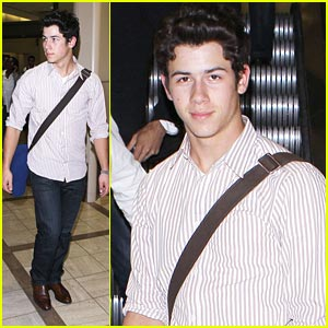 Nick Jonas: New Change For the Children Fundraiser!