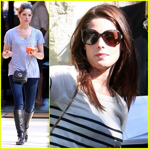 Ashley Greene: Memorial Day Fun!