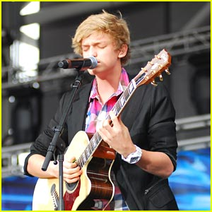 Cody Simpson: Summer Bash with B96!