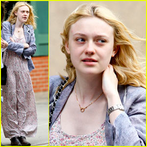 Dakota Fanning's Windy Wait