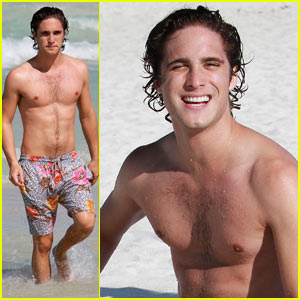 Diego Boneta: Miami Beach Fun