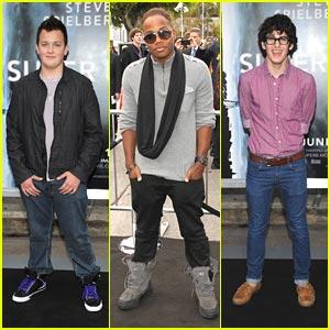 Matt Bennett, Leon Thomas & Noah Munck: Go See 'Super 8'!
