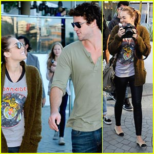 Miley Cyrus &#038; Liam Hemsworth: Brisbane Lunchers