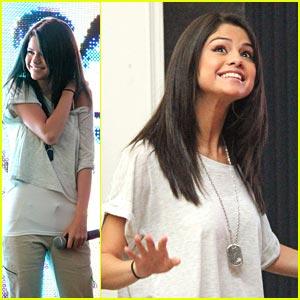 Selena Gomez: Thank You, Boston!