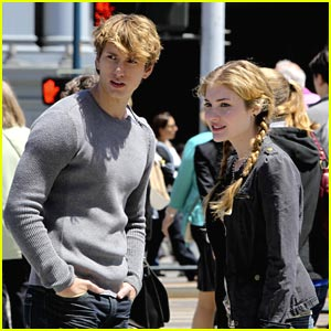 Skyler Samuels &#038; Benjamin Stone Find a 'Green Star'