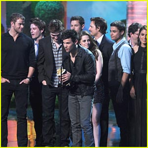 The Twilight Saga: Eclipse Wins 5 MTV Movie Awards!