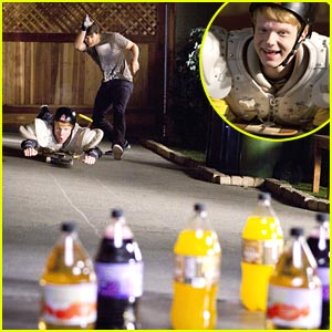 Adam Hicks Raps on 'Zeke & Luther'!