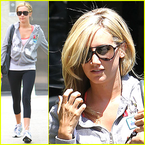Ashley Tisdale: Blonde Bombshell!