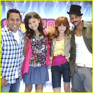 Bella Thorne &#038; Zendaya: Make Your Mark &#038; Shake It Up!