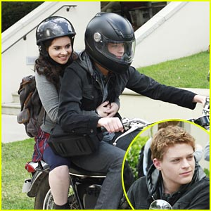 Vanessa Marano &#038; Sean Berdy: Motorcycle Mates