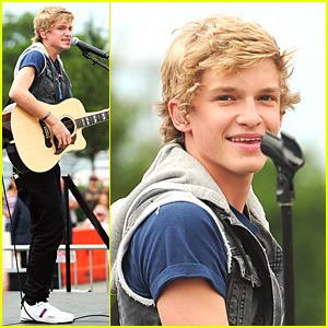 Cody Simpson: Smith Haven Mall Show!
