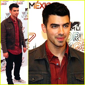Joe Jonas: Mexico City Man