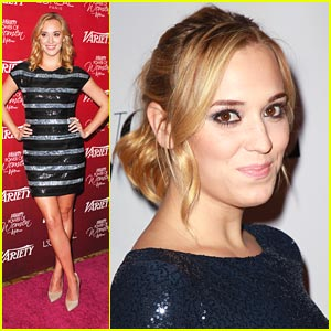 Andrea Bowen Gets A 'Divorce Invitation'