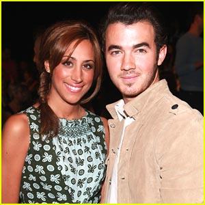 Kevin & Danielle Jonas: Anna Sui Sweethearts