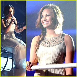 Demi Lovato -- 'Skyscraper' on DWTS!