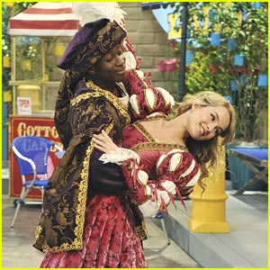 Bridgit Mendler & Micah Williams: The Princess & The Frog