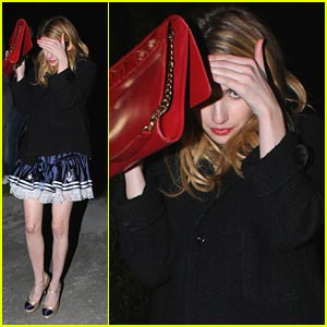 Emma Roberts Hides From Halloween