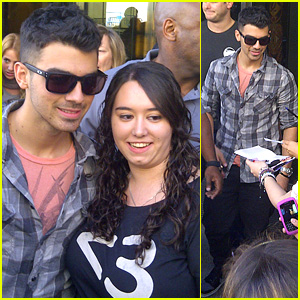 Joe Jonas: Madrid Man!