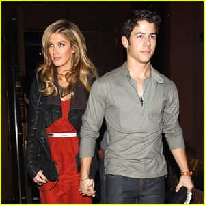 Nick Jonas & Delta Goodrem: Dinner Date Night