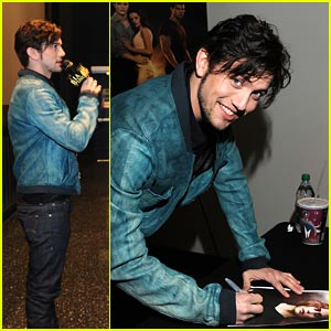Jackson Rathbone: 'Breaking Dawn' Opening Night!