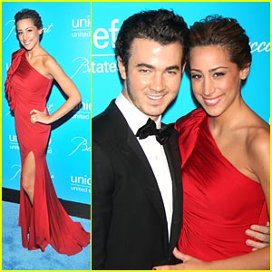 Kevin &#038; Danielle Jonas: UNICEF Snowflake Ball