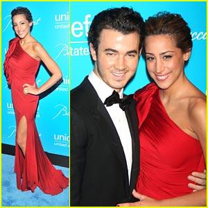 Kevin & Danielle Jonas: UNICEF Snowflake Ball