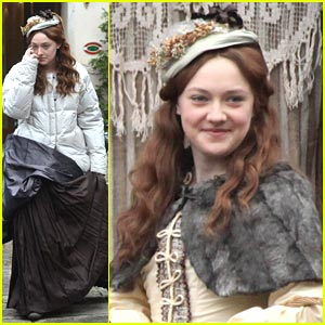 Dakota Fanning: Effie's Sunday in Venice