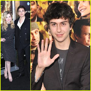 Jake T. Austin & Nat Wolff: 'New Year's Eve' Premiere!