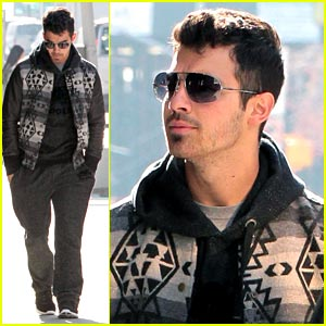 Joe Jonas: SoHo Stroll