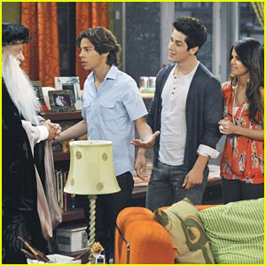 Wizards of Waverly Place: The Family Wizard Competition!