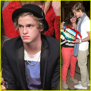 Cody Simpson: Lakers Game with Kendall & Kylie Jenner