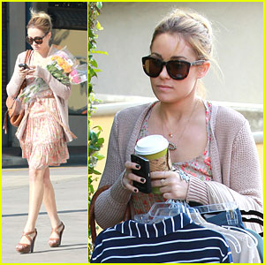 Lauren Conrad is a Flower Girl