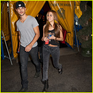 Taylor Lautner: Cirque Du Soleil with Sara Hicks!