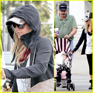 Ashley Tisdale: Coffee Bean with Dad Mike & Mikayla!