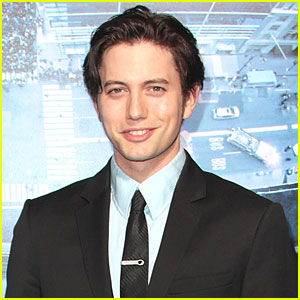 Jackson Rathbone &#038; Sheila Hafsadi: Baby on the Way!