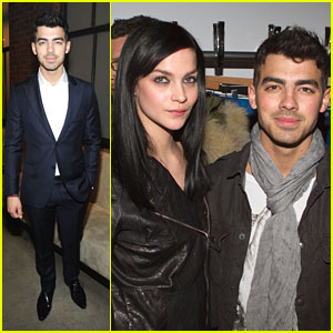 Joe Jonas: Front Row at Simon Spurr!