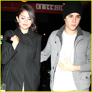 Selena Gomez &#038; Justin Bieber: Thai Twosome