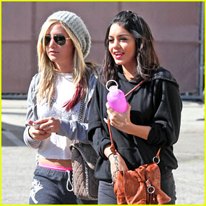 Vanessa Hudgens & Ashley Tisdale: Dance Class Cuties