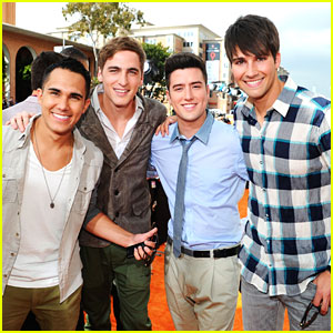 Big Time Rush WINS Fave Music Group - Kids Choice Awards 212