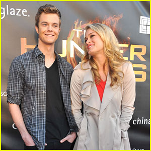 Leven Rambin &#038; Jack Quaid: 'The Hunger Games' Go To Georgia