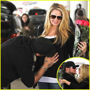 Tiffany Thornton: Baby Bump Kiss from Chris Carney!
