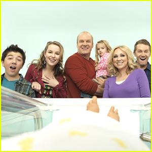 'Good Luck Charlie' Season Three Premieres May 6th!