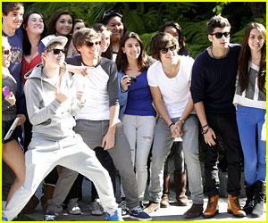 One Direction: Studio Time with Justin Bieber!