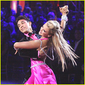 Roshon Fegan & Chelsie Hightower: Viennese Waltz on Dancing With The Stars!