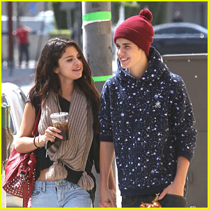 Selena Gomez &#038; Justin Bieber: Panera Lunch Lovers